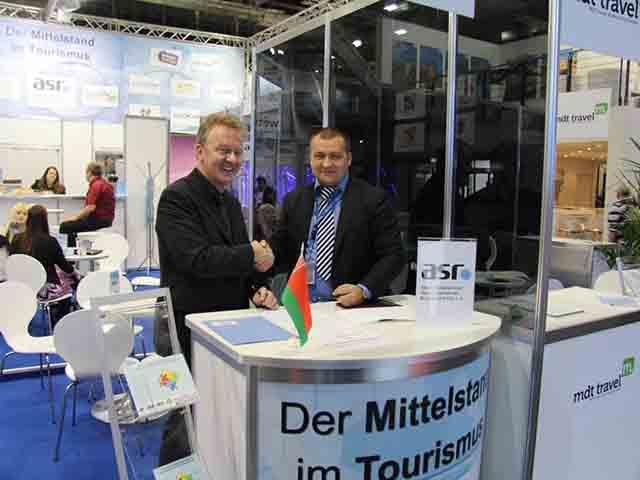 asr-Präsident Jochen Szech mit BTU-Vorsitzenden Filipp Guly